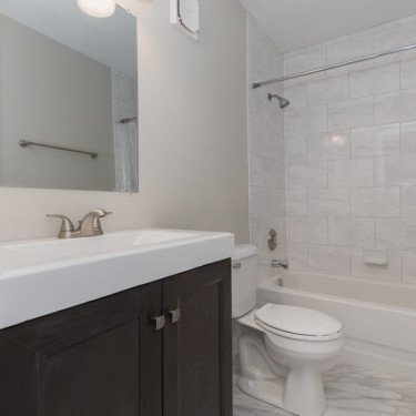 faux marble and basic remodel installed installed by bathroom remodeling contractor